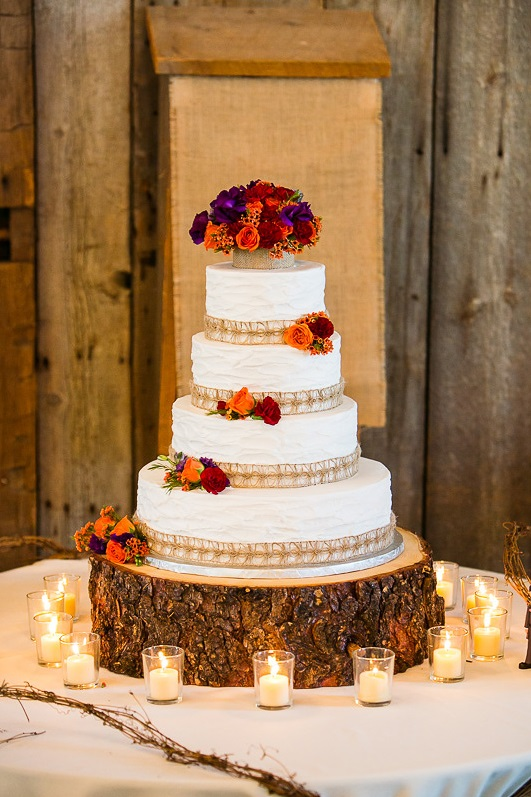 Rustic Wedding Cake Fine Line Photography